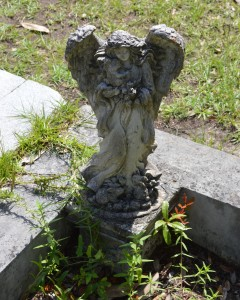 angel tombstone savannah